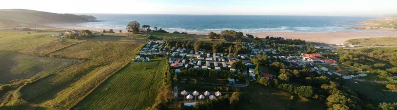 oyambre-surf-camp-tipis-cantabria-2.jpg